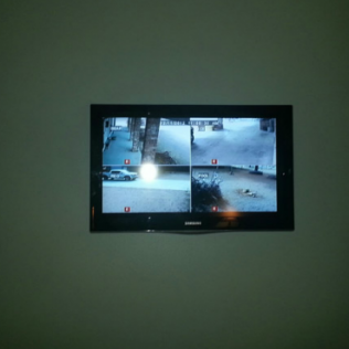 Interface Cameras with your TV